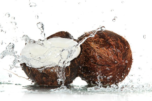 alternatives-to-sports-drinks-coconut-water
